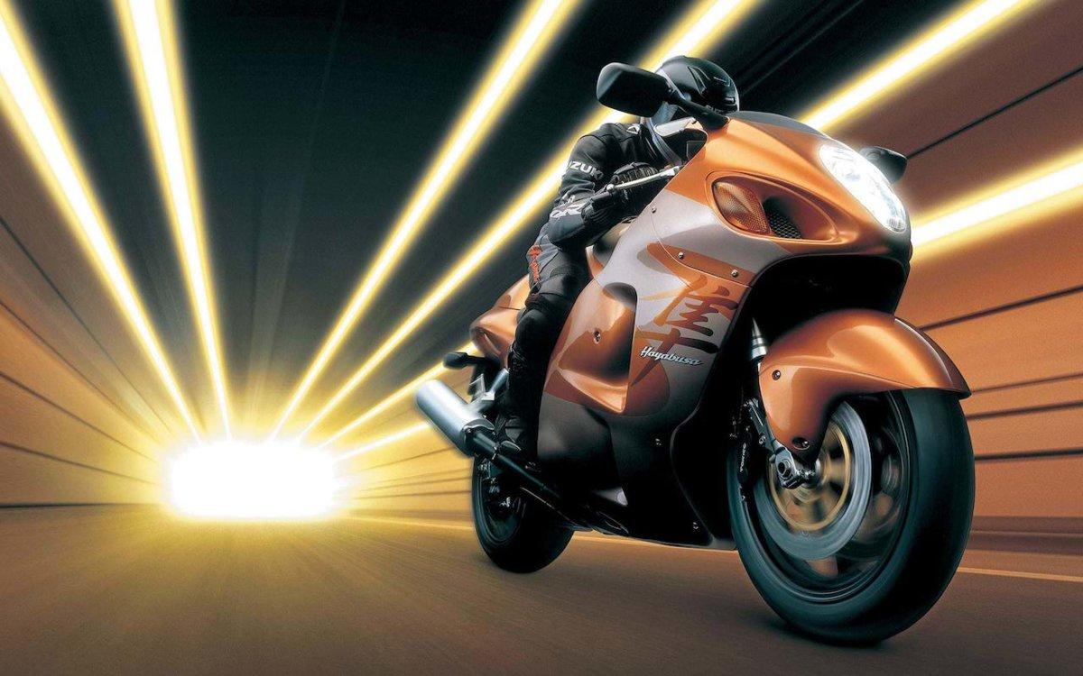 1999-Suzuki-GSX1300R-Hayabusa-Great-Bikes-tracking.jpg