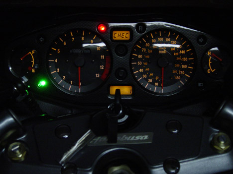 2003_Suzuki_Hayabusa_011web.jpg