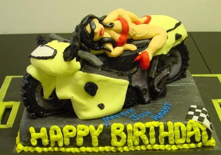 2004_08_07_13_02_15___TLR_Birthday_Cake_Construction.jpg
