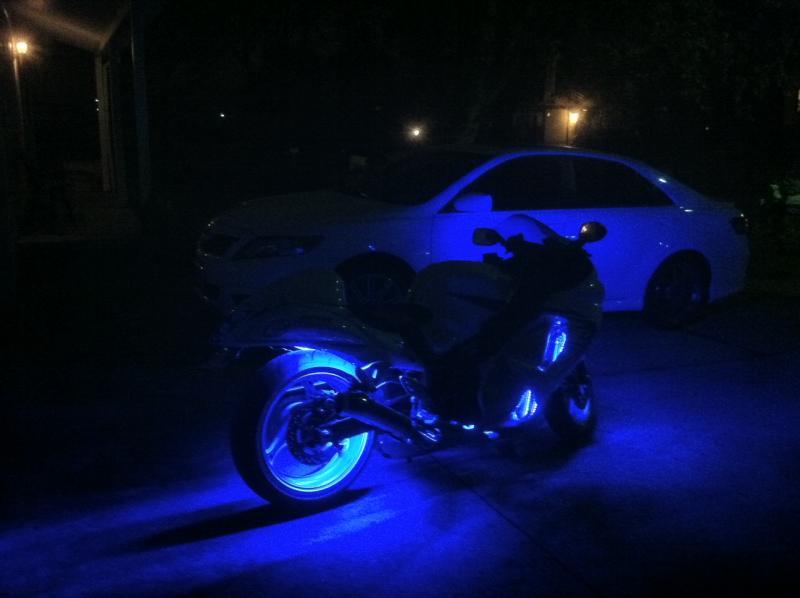 bike next to my car.jpg