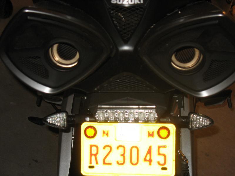 Bking 06-06-2009 exhaust and fender eliminator 002.jpg