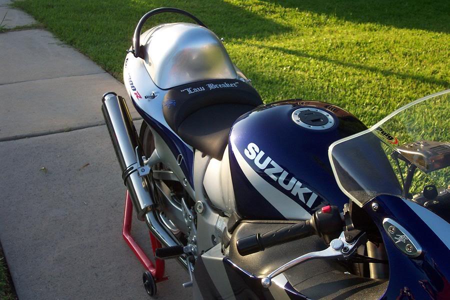 Blue-SilverBusa7.jpg