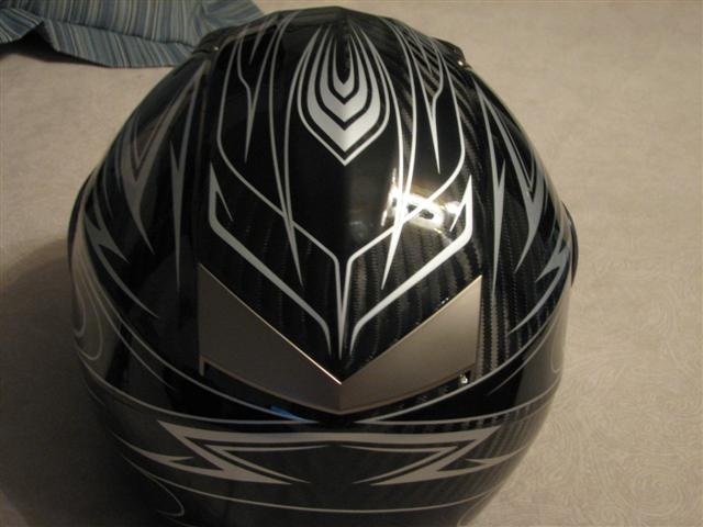Carbon_Helmet_002__Small_.jpg