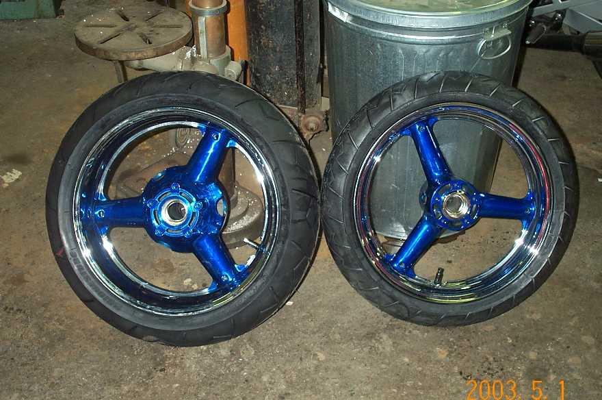 Chrome_Wheels.jpg