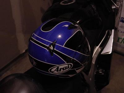 helmet04.jpg