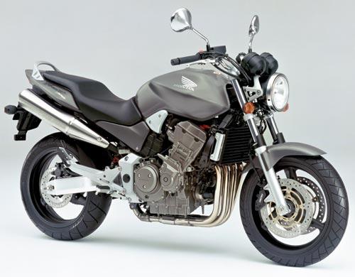 Hornet900.jpg
