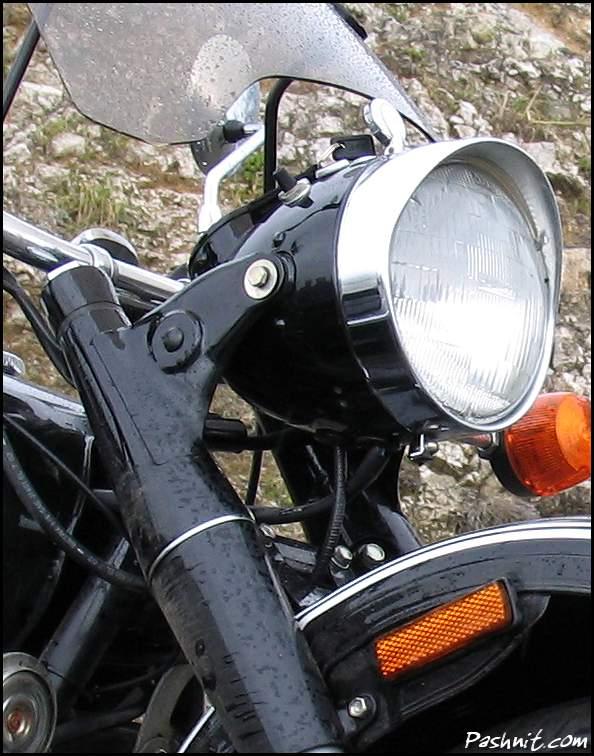Img_1540-Ural-Headlight.jpg