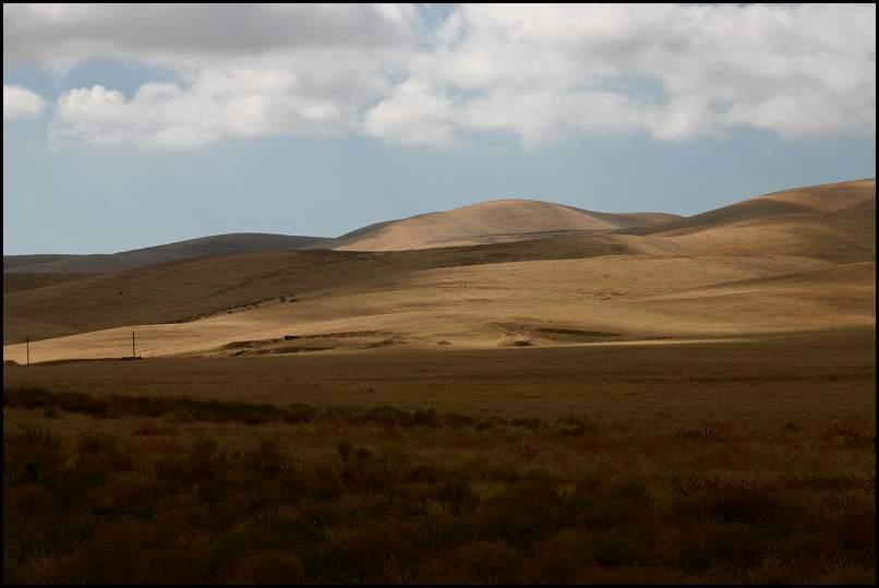 Img_4446-Hills.jpg