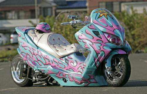Japanese%20extreme%20custom%20scooters%20%203.jpg