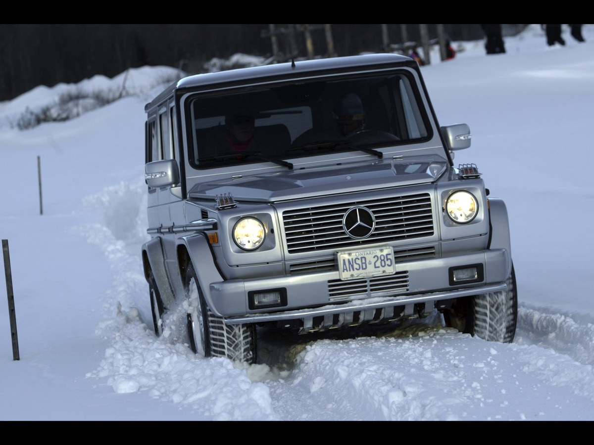 Mercedes-Benz-G-55-AMG-F-Snow-1920x1440.jpg