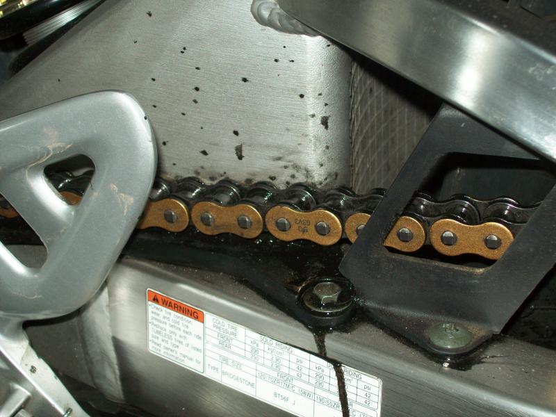 oil leak 2.jpg