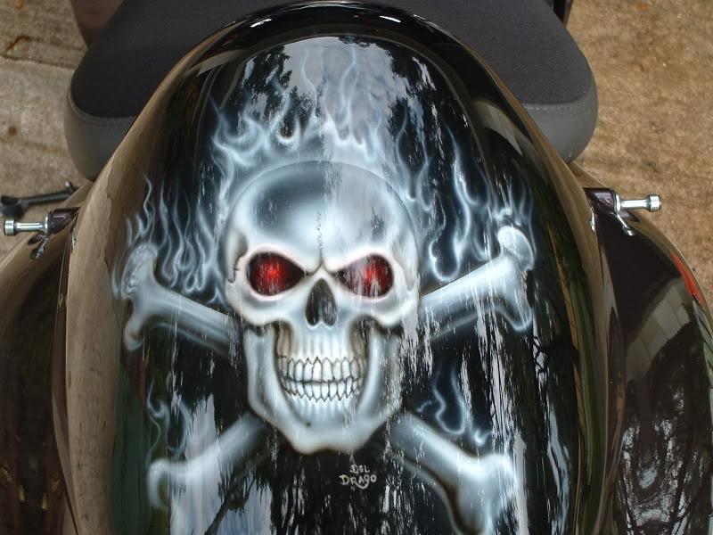 skullhump1.jpg
