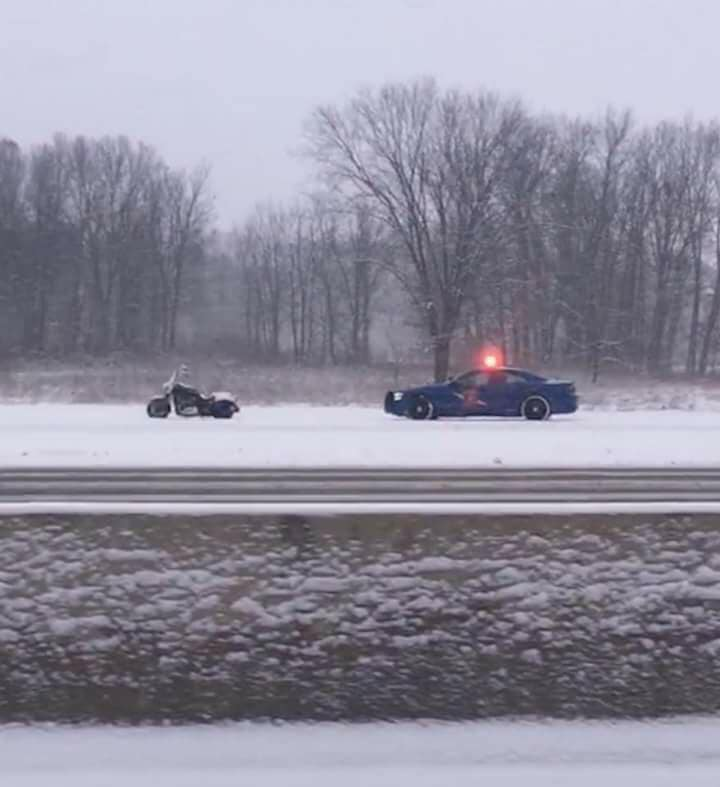 snow-bike-cop.jpg
