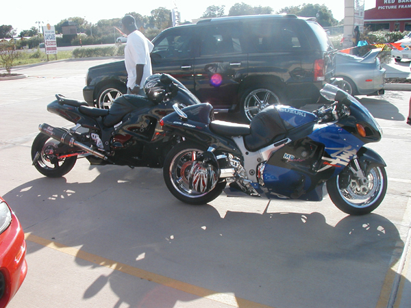 Stretched_Busa_1.jpg
