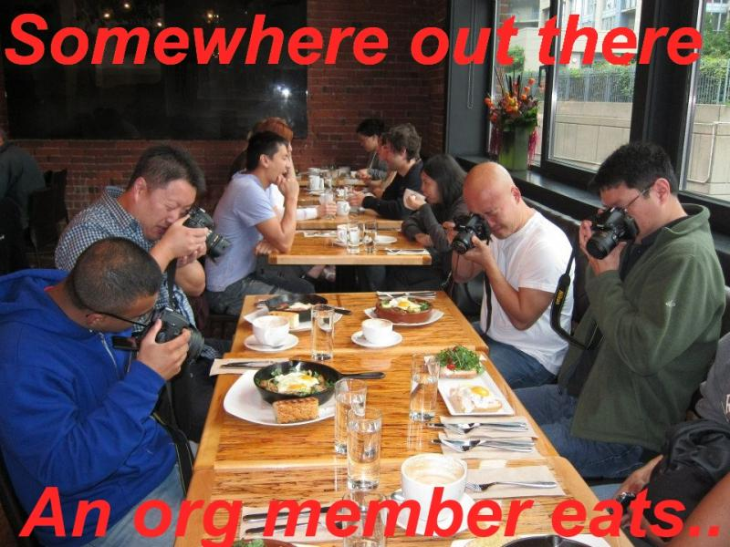 taking-pictures-of-meal-for-facebook.jpg