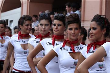 Umbrella-girls-Monaco-GP7.jpg
