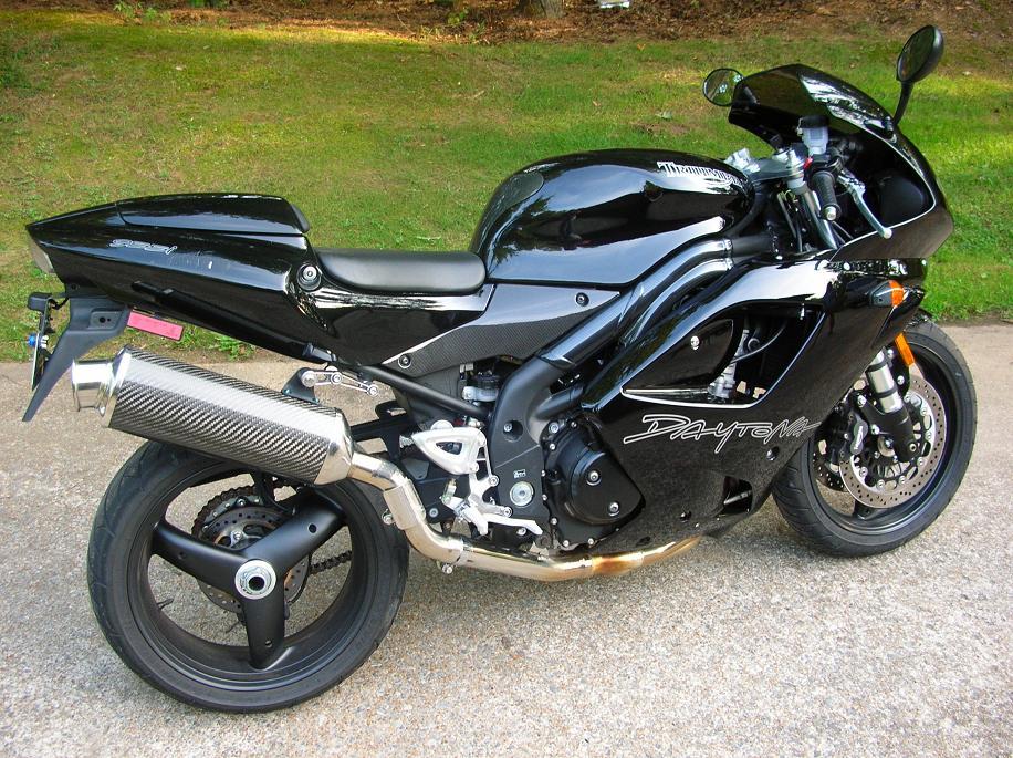 Wes_motorcycle_001_40_.JPG
