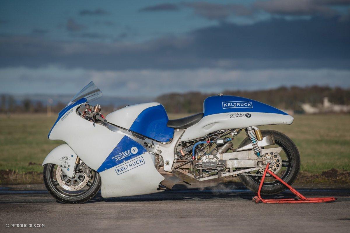 Will-Broadhead-Chris-Wedgwood-Suzuki-Hayabusa-Steam-Bike-31-2000x1333.jpg