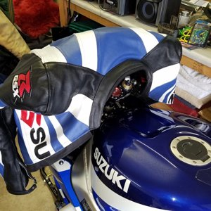 GSX-R Blue_White_Jacket-2.jpg